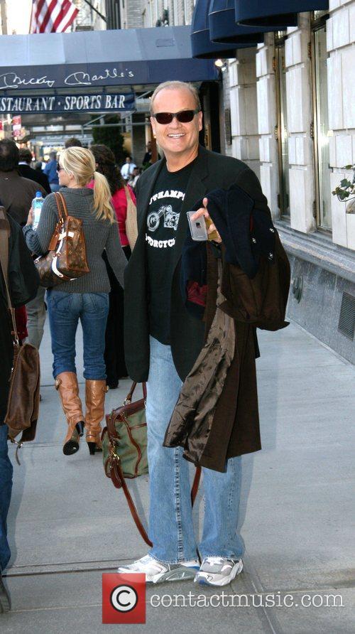 Kelsey Grammer leaving his Manhattan hotel New York...