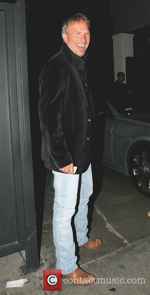 Kevin Costner 8