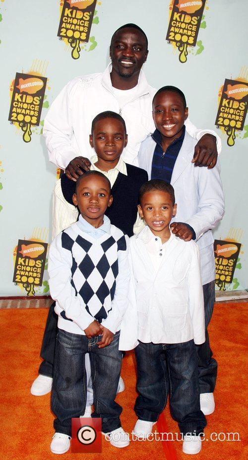 Akon, His Sons and Ucla 2