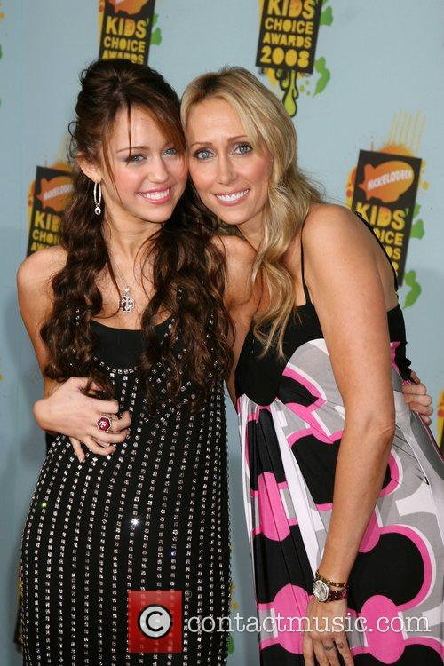 Miley Cyrus, Leticia Cyrus and Ucla 6