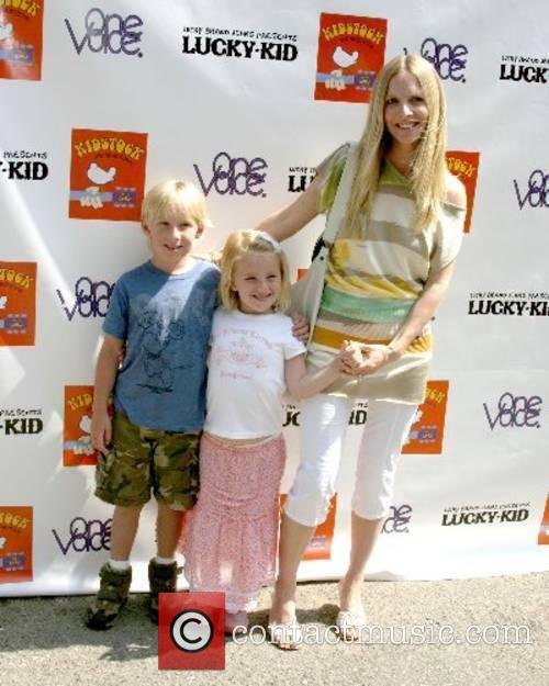 Lauralee Bell & Her Children, Samantha & Christian...