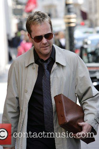 Kiefer Sutherland 8