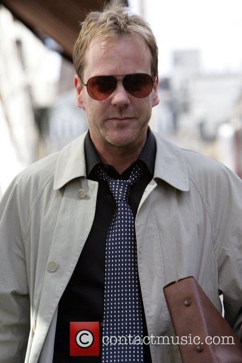 SUTHERLAND IS 'GOOD INMATE' Actor KIEFER SUTHERLAND has...