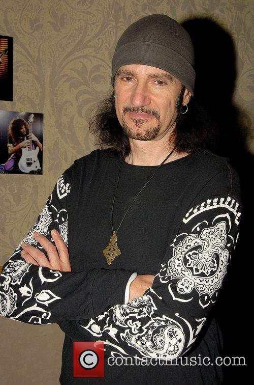 Bruce Kulick 22nd Annual New York KISS Expo...