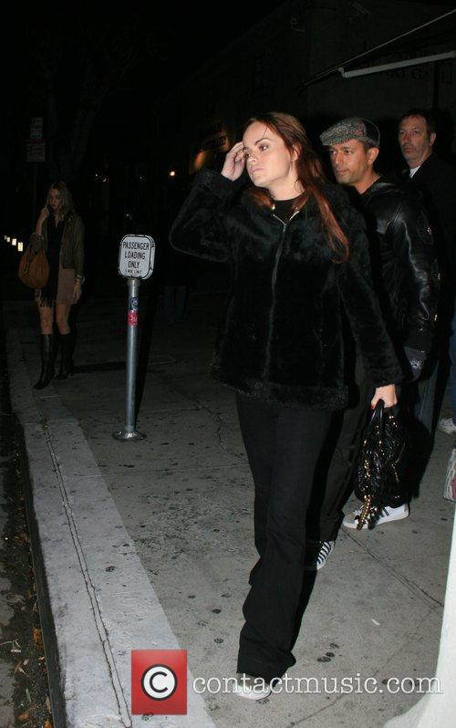 Taryn manning outside koi restaurant in west hollywood for Koi restaurant los angeles