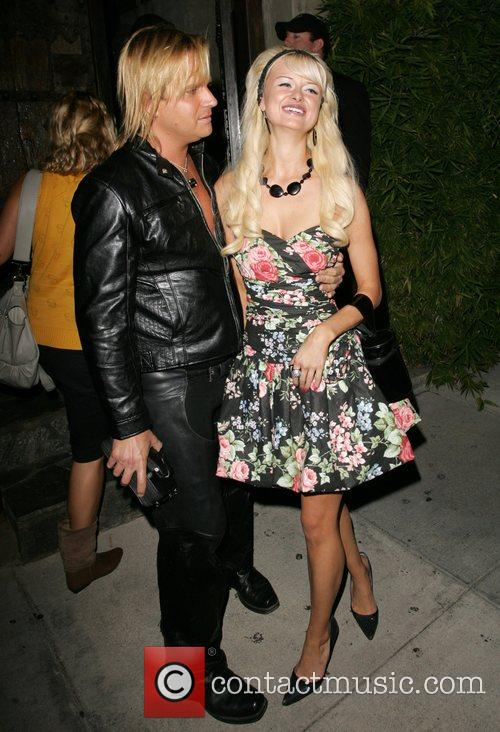 Natalie Reid and Paris Hilton 9