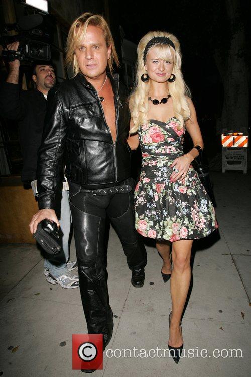 Natalie Reid and Paris Hilton 6