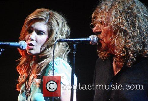 Alison Krauss and Robert Plant 4
