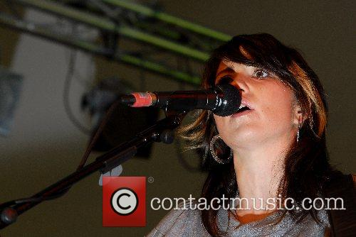 KT Tunstall performs and signs copies of her...