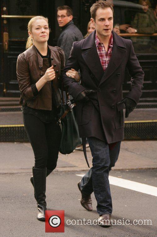 Leann Rimes and Dean Sheremet 4
