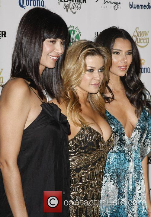 Catherine Bell and Carmen Electra 4