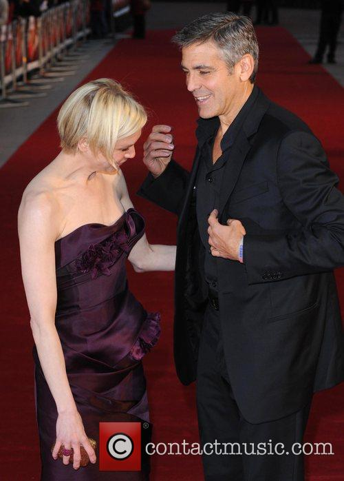 Renee Zellweger and George Clooney 9