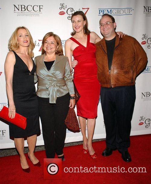 Felicity Huffman, Guest, Brenda Strong and Marc Cherry 3