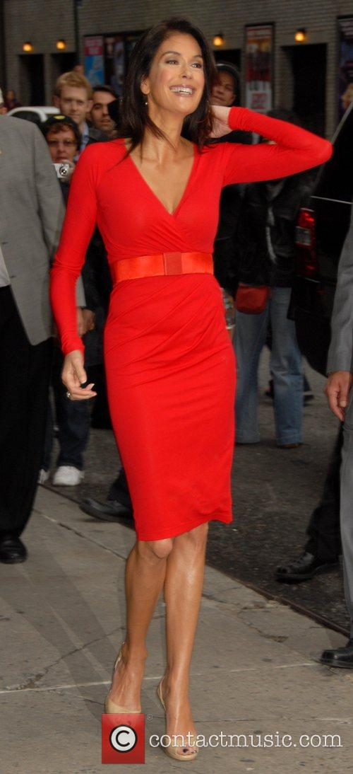 Teri Hatcher and David Letterman 5