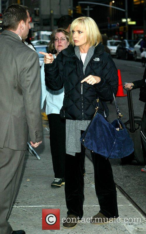 Jaime Pressly and David Letterman 3