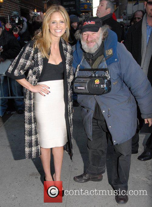 Sarah Michelle Gellar and David Letterman 15