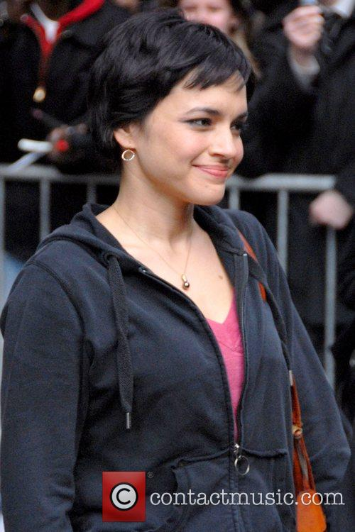 Norah Jones and David Letterman 4