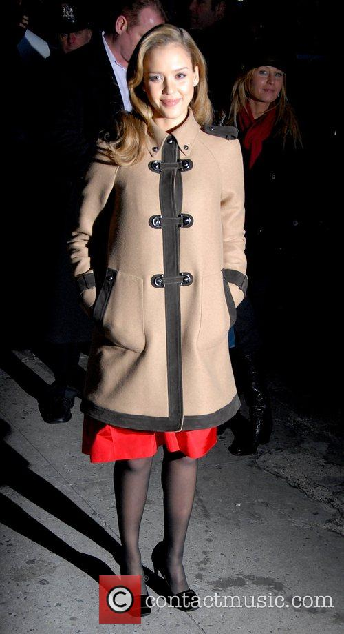 Jessica Alba and David Letterman 13