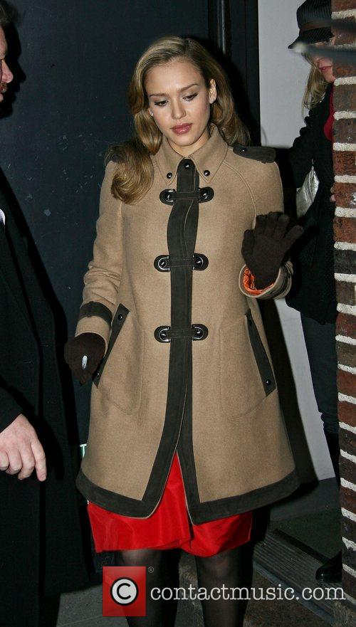 Jessica Alba and David Letterman 16