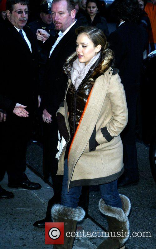 Jessica Alba and David Letterman 40
