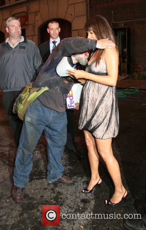 Halle Berry and David Letterman 23