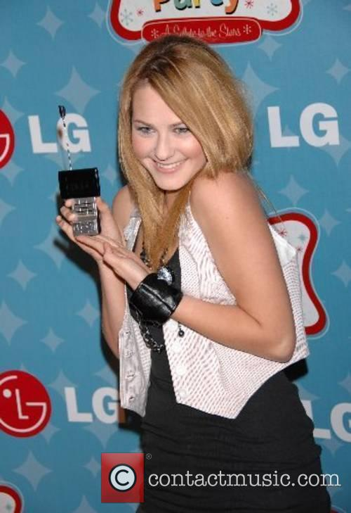 Scout Taylor Compton LG Mobile Phones presents LG's...