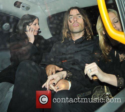 Liam Gallagher and Nicole Appleton 6