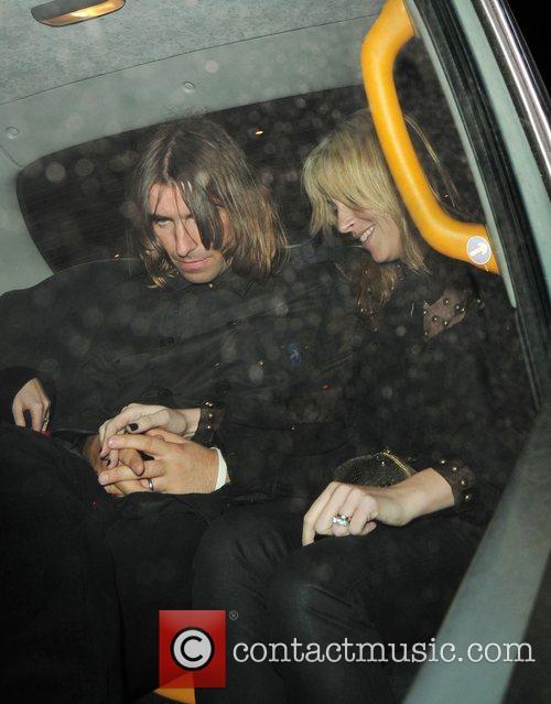 Liam Gallagher and Nicole Appleton 7
