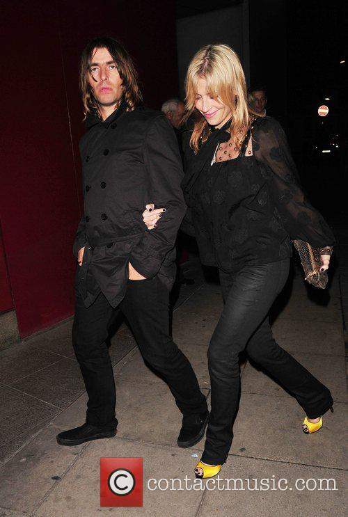 Liam Gallagher and Nicole Appleton 2