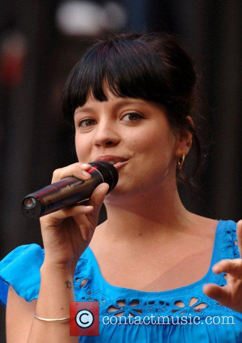 Lily Allen, Gym Class Heroes, Amy Winehouse, Linkin Park, The Race and The Shins