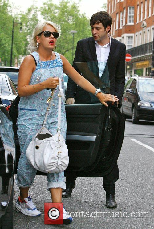 Lily Allen and Mark Ronson 4