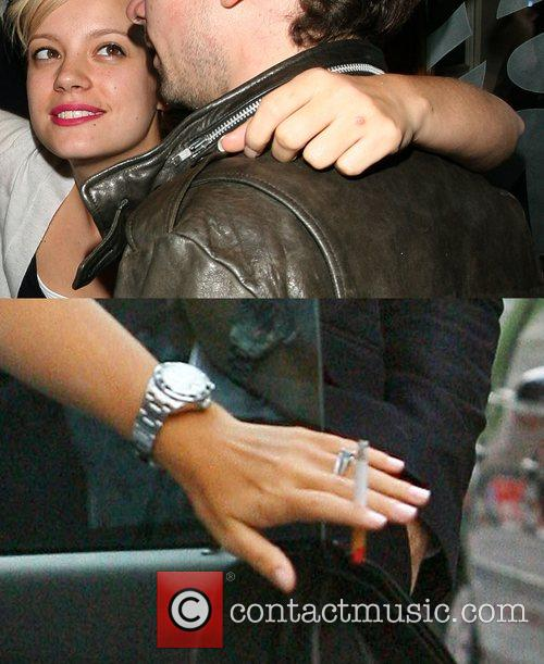 Lily Allen has taken to wearing a ring...