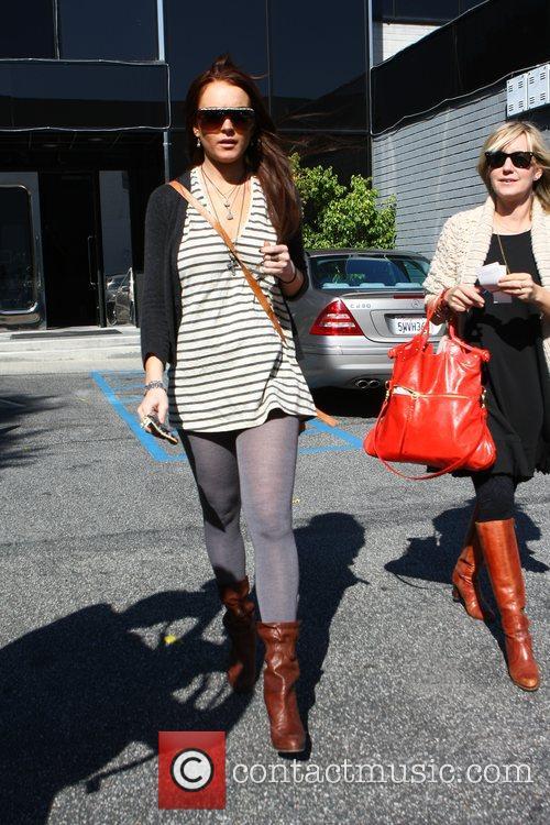 Lindsay Lohan shopping at XIV Karats jewelers