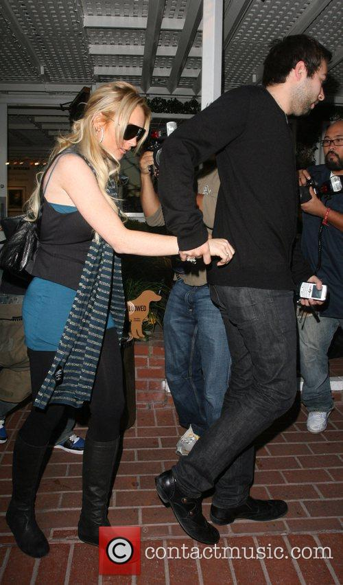 Lindsay Lohan leaving Fred Segal for lunch...