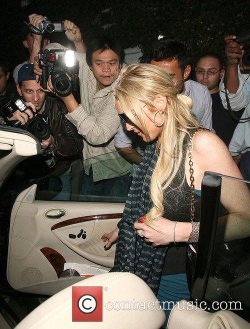 Lindsay Lohan leaving Fred Segal for lunch