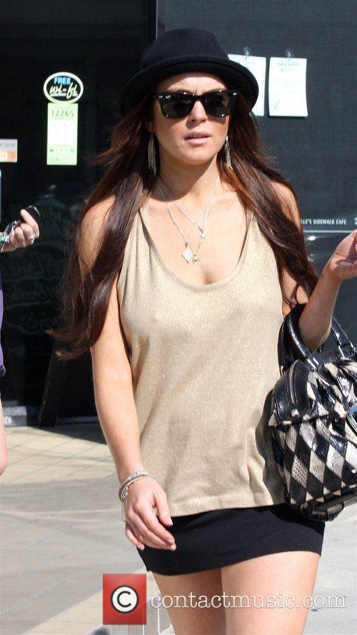 Lindsay Lohan outside after going to California Pizza...