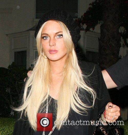 LOHAN'S BOYFRIEND WAS ENGAGED LINDSAY LOHAN stole new...