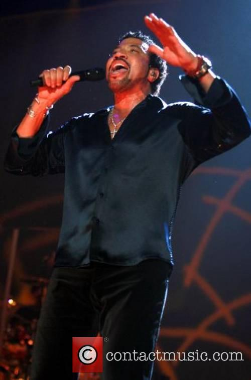 Lionel Richie performing at the Manchester Evening News...