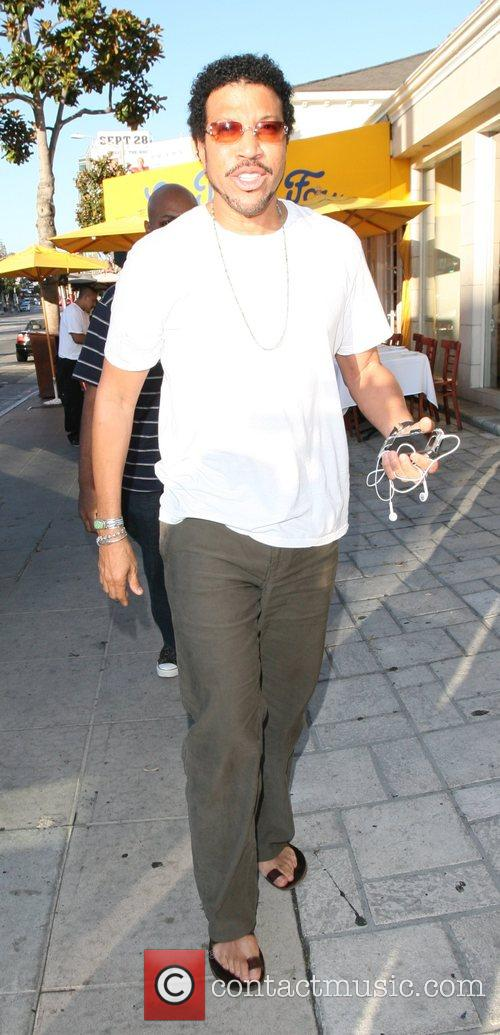 Lionel Richie 23
