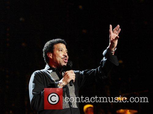 Lionel Richie 38