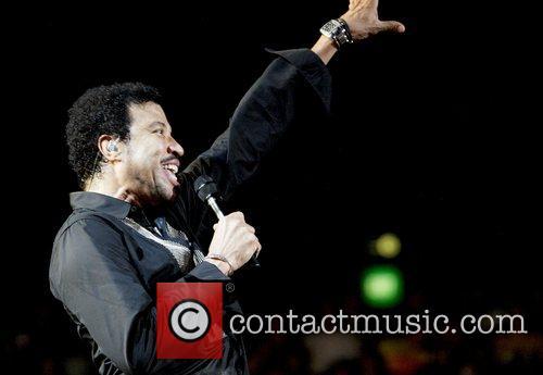 Lionel Richie 37