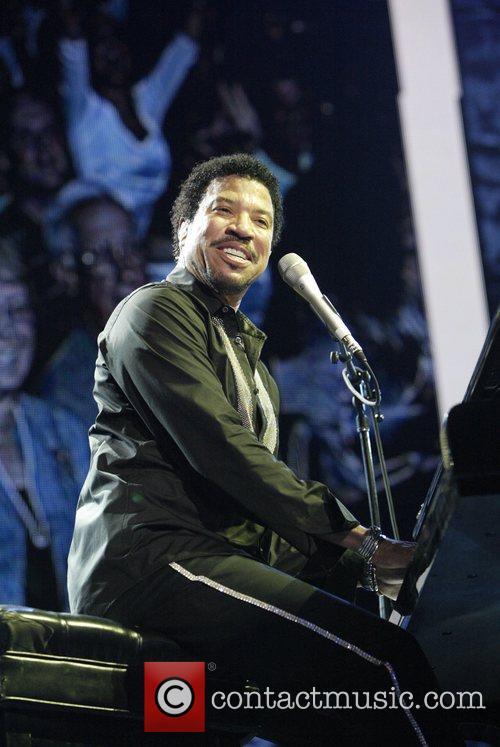 Lionel Richie 26