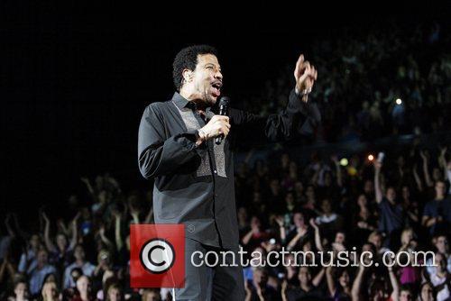 Lionel Richie 34