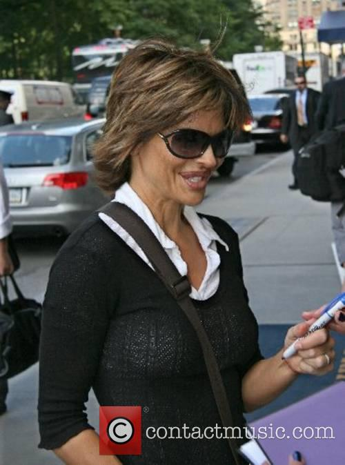 Lisa Rinna arrives at her Manhattan hotel