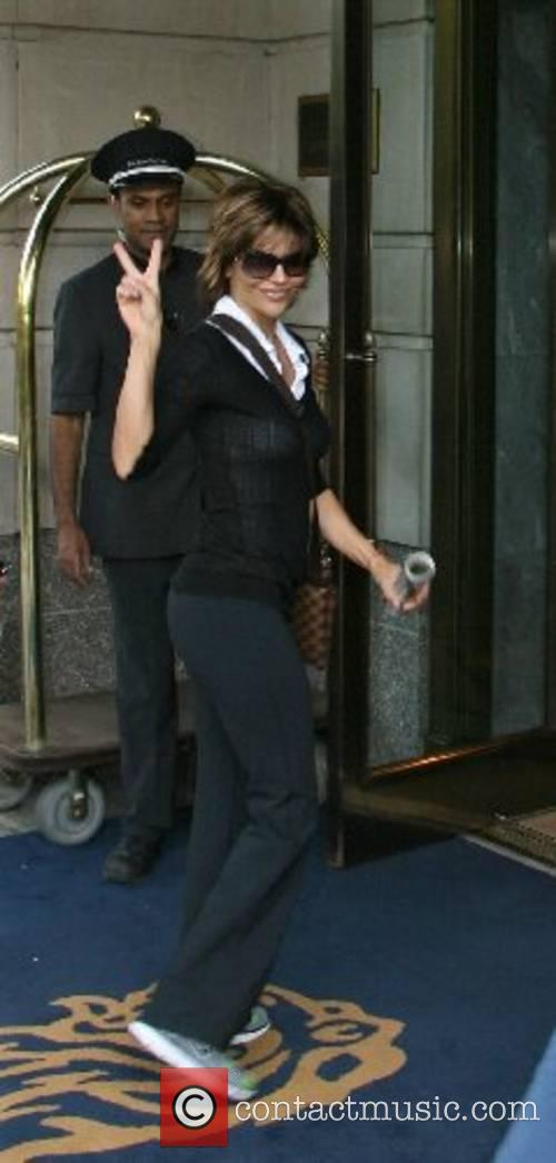 Lisa Rinna arrives at her Manhattan hotel New...