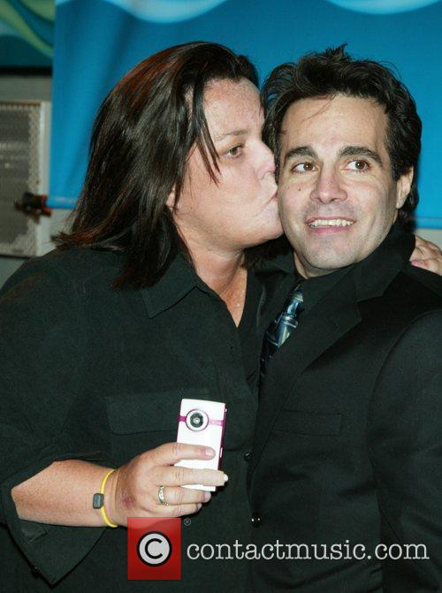 Rosie Odonnell and Mario Cantone 7