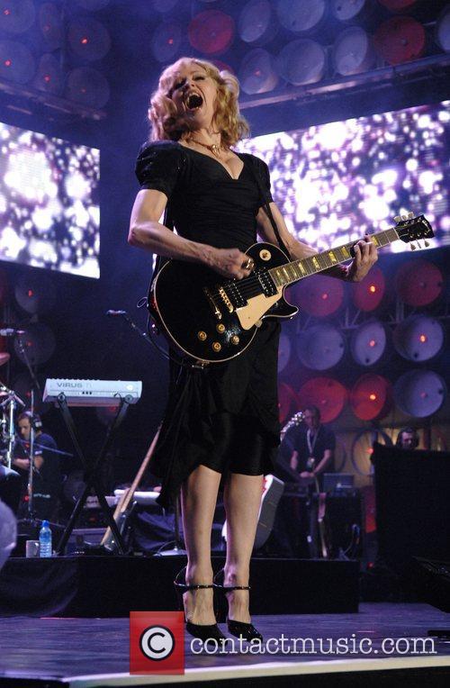 Madonna 27