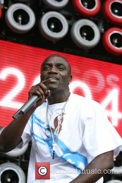 Akon 14