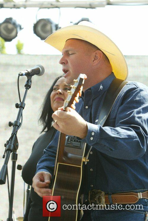 Garth Brooks 1