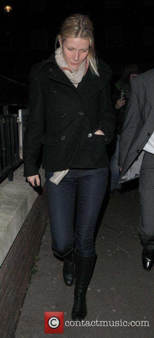 Gwyneth Paltrow leaves Locanda Locatelli restaurant after dining...